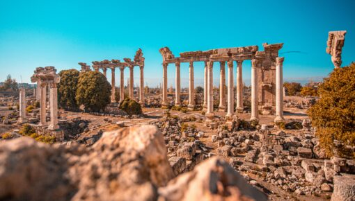Old Lebanon Ruins and Pillars legalizing growing cannabis